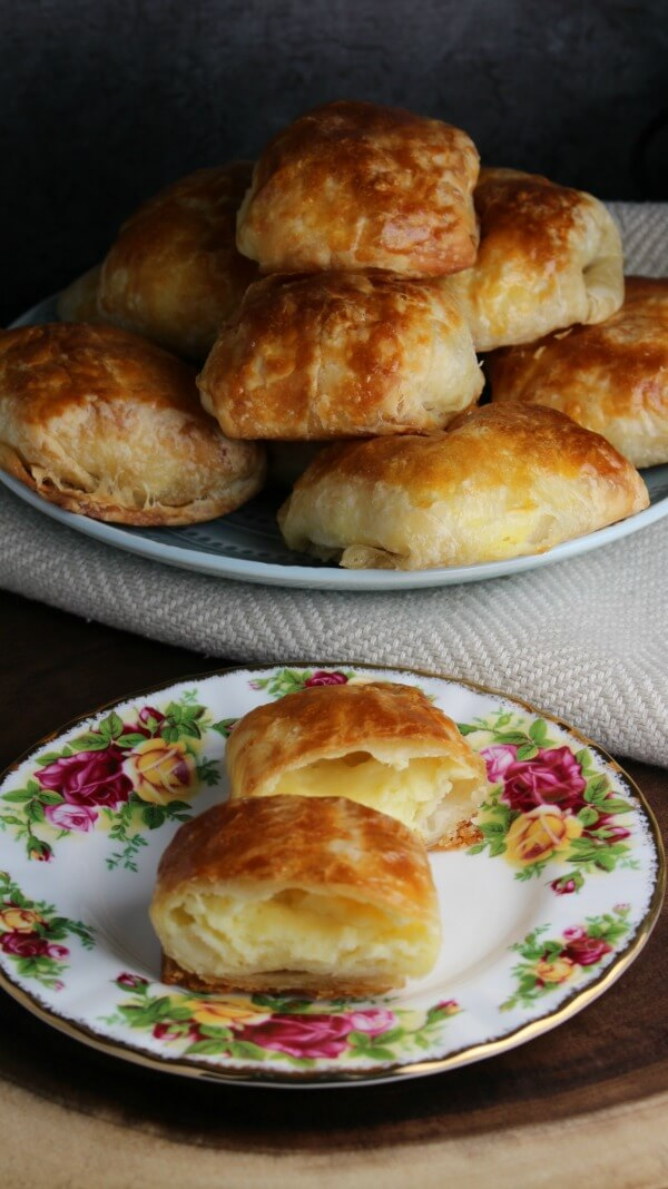 Puff Pastry Cheese Pockets