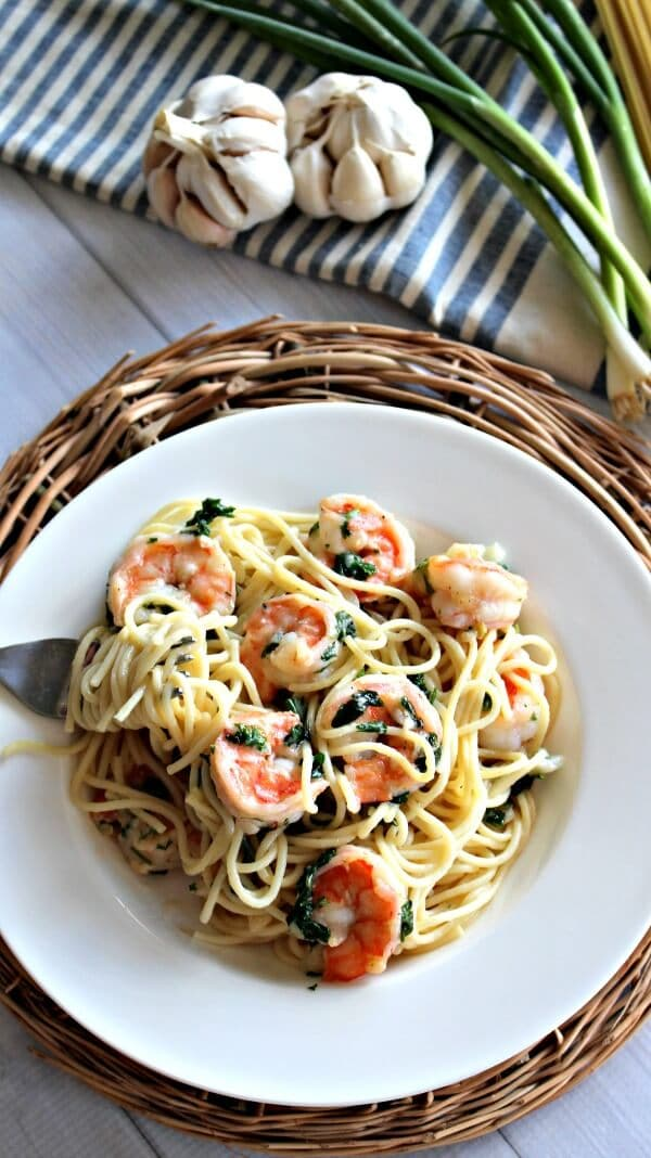 Garlic Shrimp Pasta - a Quick and Easy Dinner