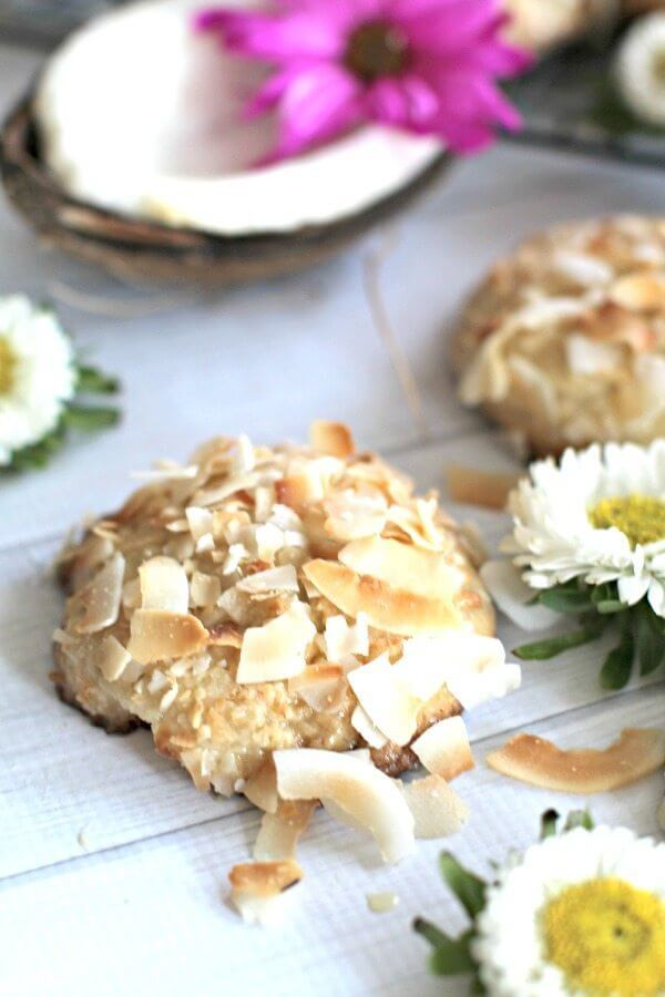 Easy Cheesecake Coconut Cookies