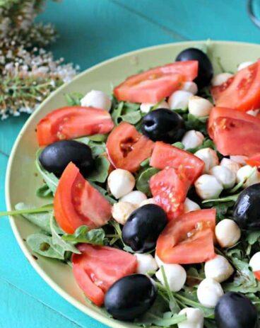 Mozzarella Arugula Salad