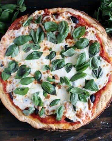 Heirloom Tomatoes Pizza