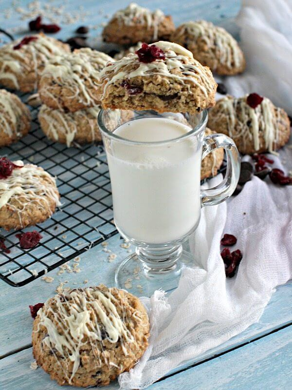 Cranberry Pistachio Oatmeal Cookies Recipe