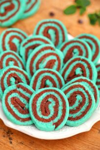 image of mint chocolate cookies on a plate