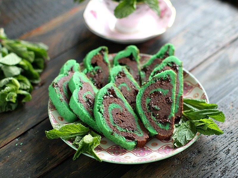 st. patrick's day mint chocolate chip cookies 8001