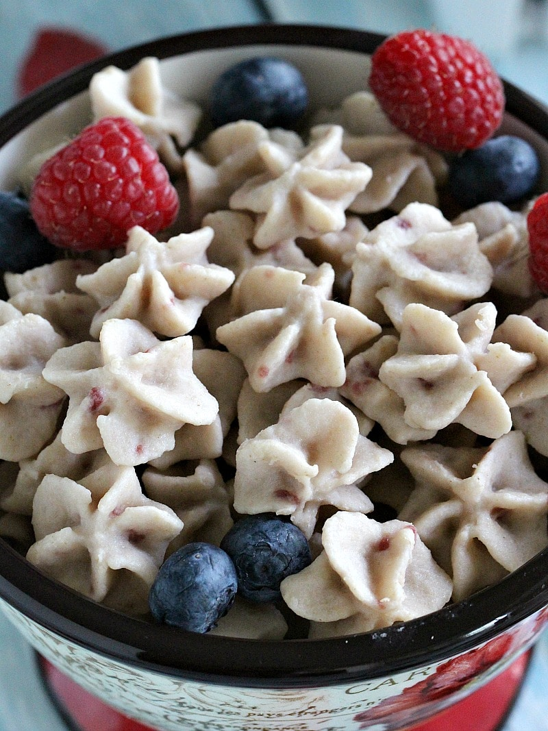 Frozen Yogurt Bites made with mixed berry yogurt and Gerber oatmeal cereal are refreshing, sweet, fun and satisfying, perfect for a summertime snack.