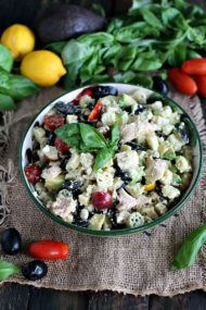 Greek Tuna Pasta Salad 8003Greek Tuna Pasta Salad 8003