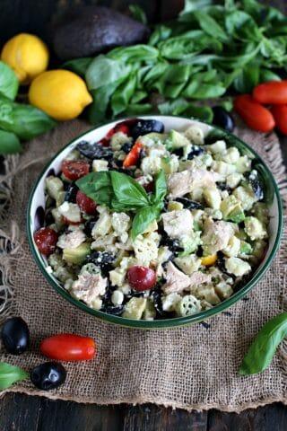 Greek Tuna Pasta Salad 8003Greek Tuna Pasta Salad 8003