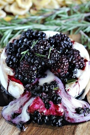 Rosemary Berry Baked Brie 8005