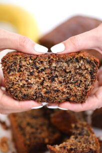 Poppy Seeds Walnut Banana Bread