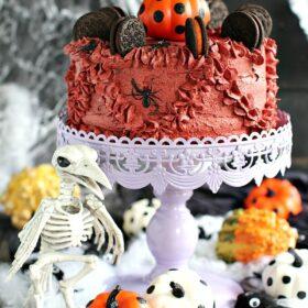 Halloween Pumpkin Oreo Cake 1