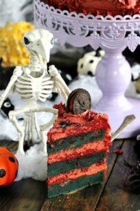 Halloween Pumpkin Oreo Cake 11