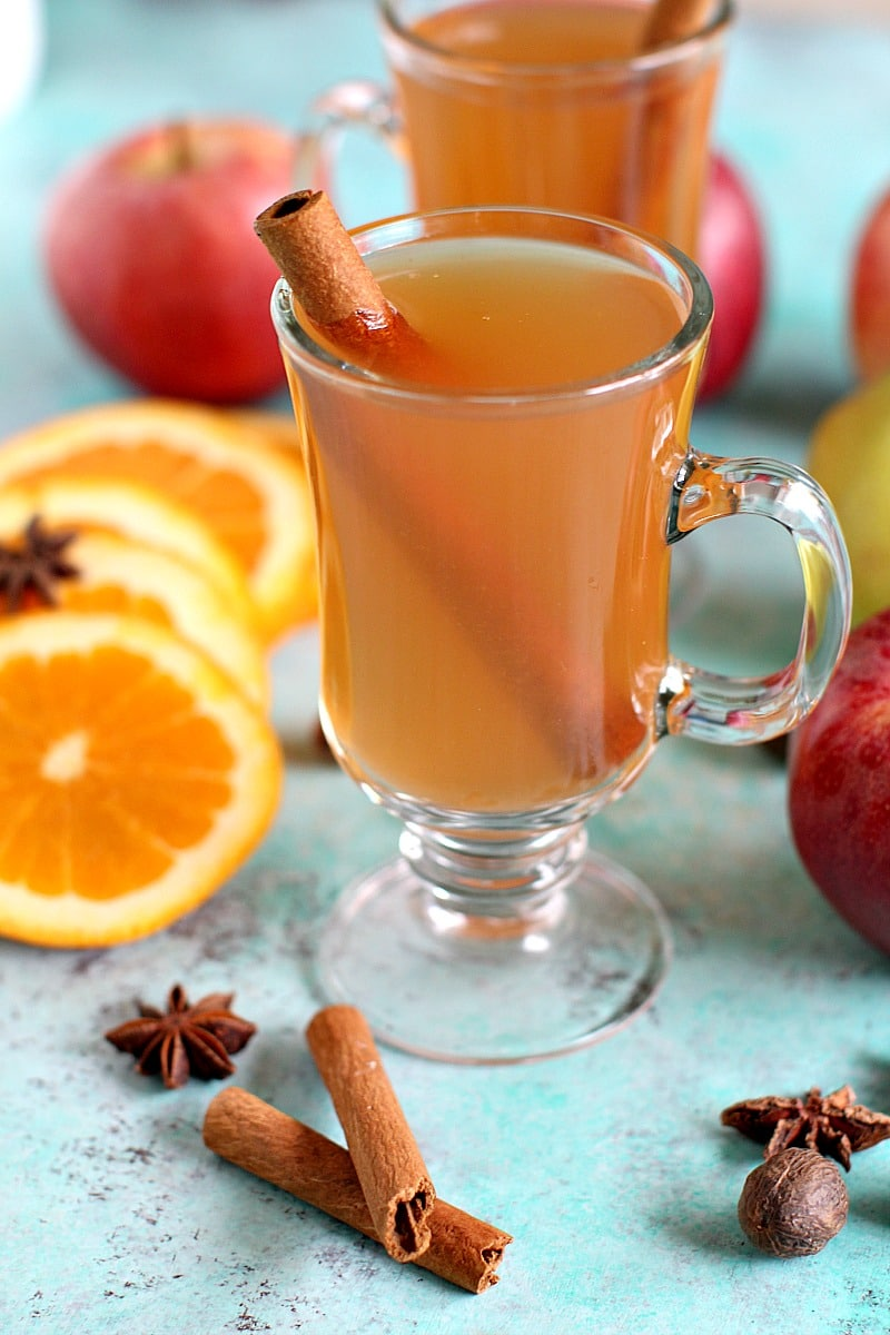 Homemade Slow Cooker Apple Cider made easy by your slow cooker, packs beautiful fall flavors and will make your house smell amazing. Made in the InstantPot.