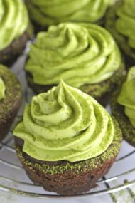 Matcha Cookie Cups filled with matcha green tea frosting.