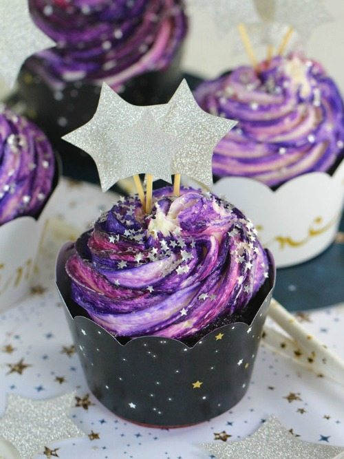 Galaxy Cupcakes With A Trick Video Sweet And Savory