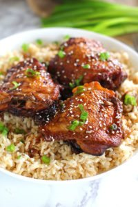 Slow Cooker Garlic Sesame Chicken is very easy to make and full of flavor. Loaded with lots of garlic and perfectly juicy.