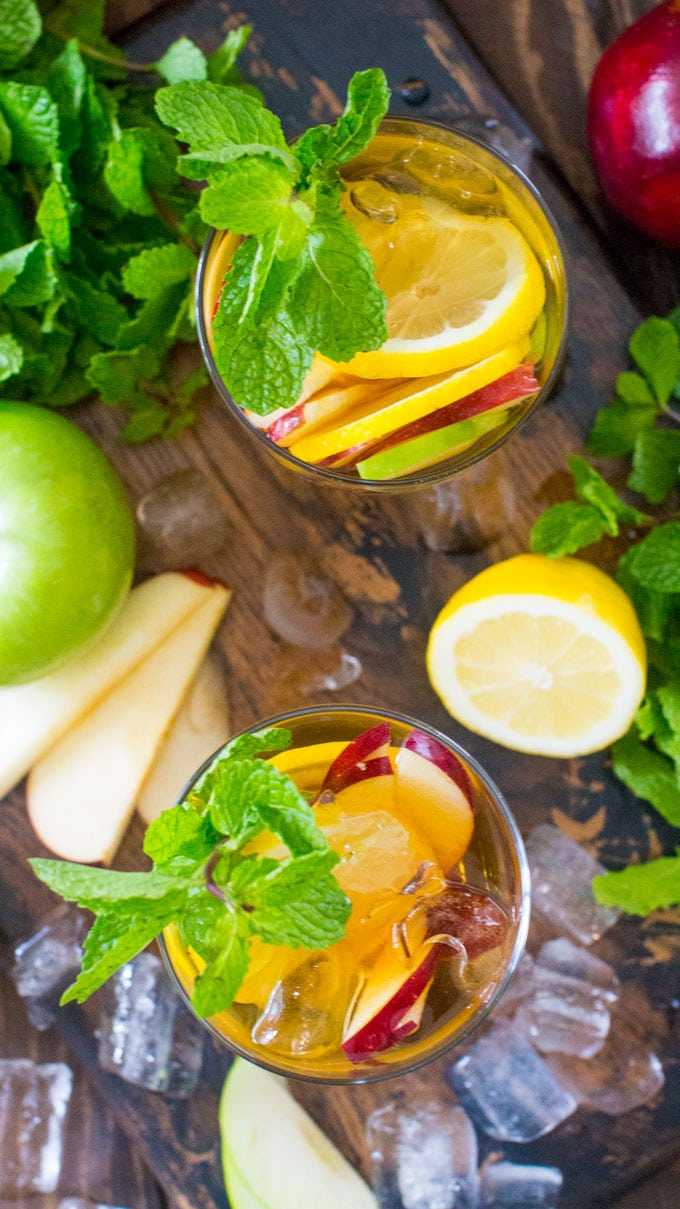 Easy Boozy Apple Iced Tea is bright and refreshing, this is the perfect fall cocktail.