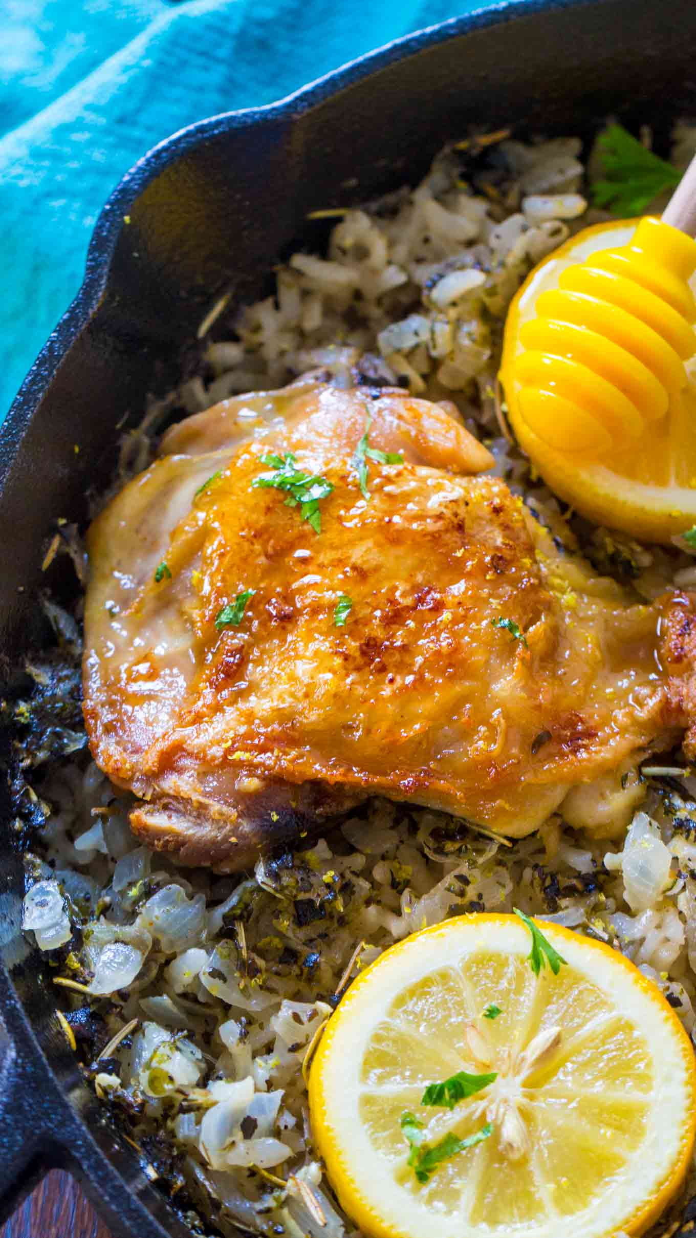 Flavorful One Pan Italian Chicken and Rice is the perfect weeknight meal, that is budget friendly and also very easy to make.