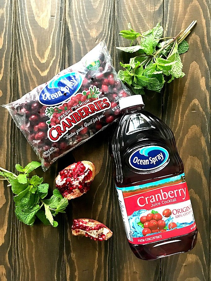 Must try Cranberry Mocktail is the perfect fall drink, sweet and refreshing, can also be made ahead of time for your Thanksgiving feast.