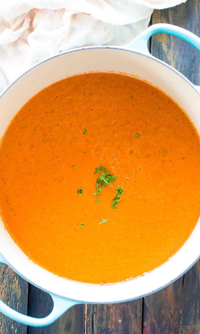 Photo of panera bread creamy tomato soup.