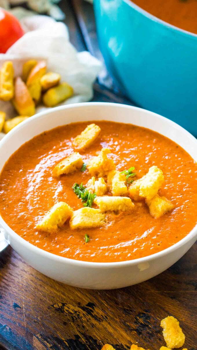 Homemade Panera Bread Creamy Tomato Soup Copycat is the chain's classic, famous, creamy soup that will warm your soul and make your taste buds happy.