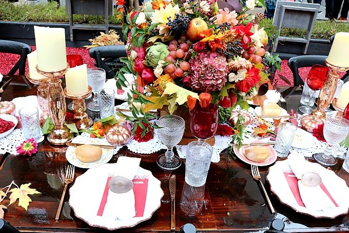 Thanksgiving Hosting Tips come in hand for those who are hosting the big feast for the first time, or for those who want to be more organized.