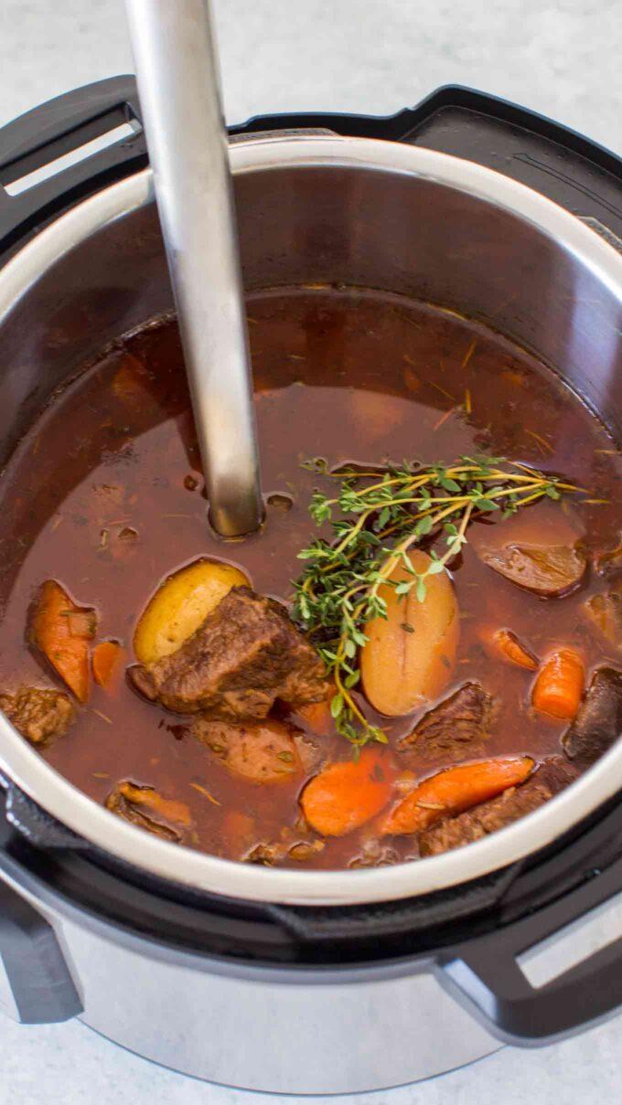 Tender instant pot beef bourguignon