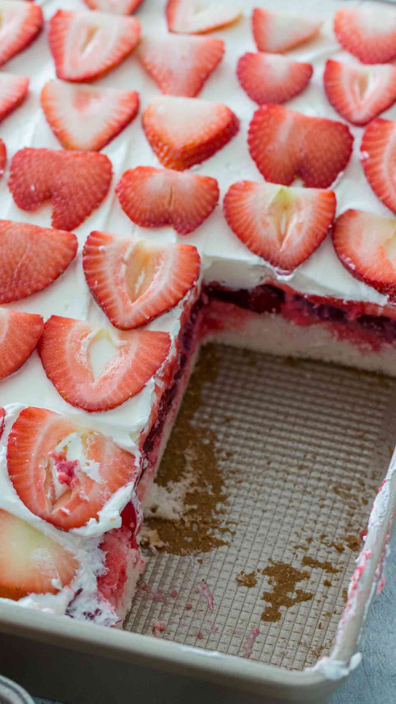 Best Strawberry Poke Cake Recipe