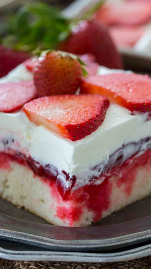 Strawberry Poke Cake Recipe