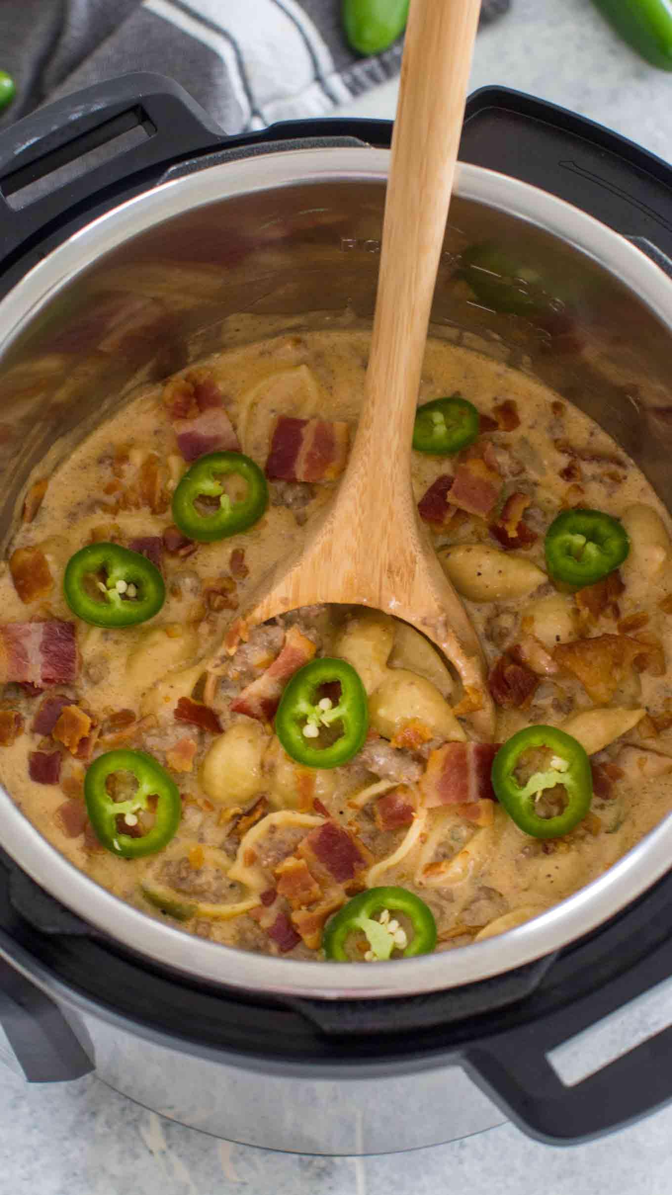 Instant Pot Jalapeño Popper Pasta