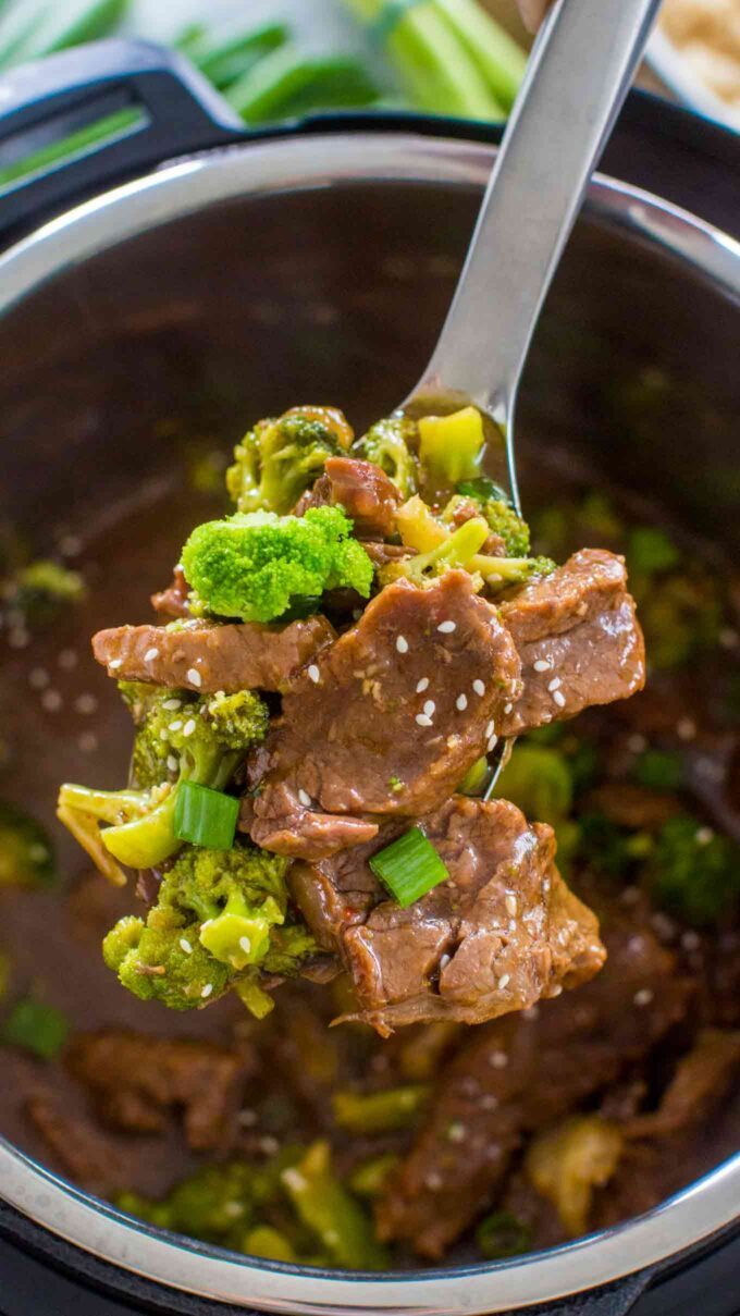 Picture of instant pot beef and broccoli.