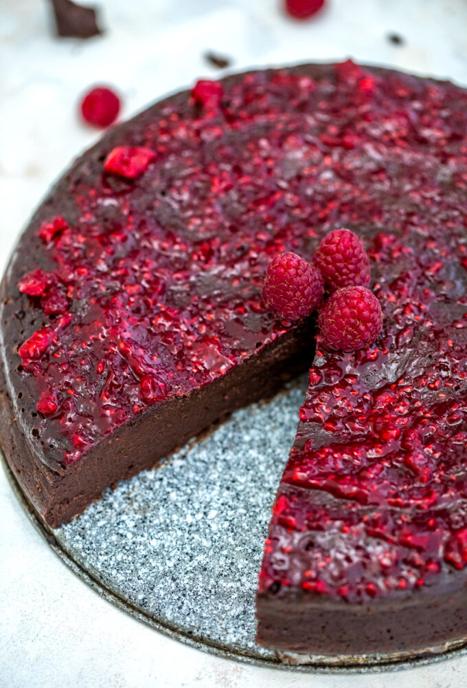 photo of flourless chocolate cake