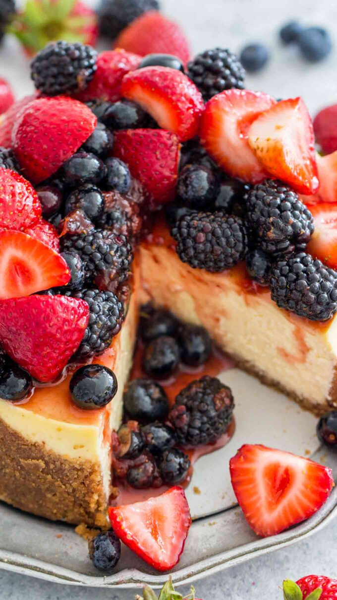 Best instant pot cheesecake with berries photo.