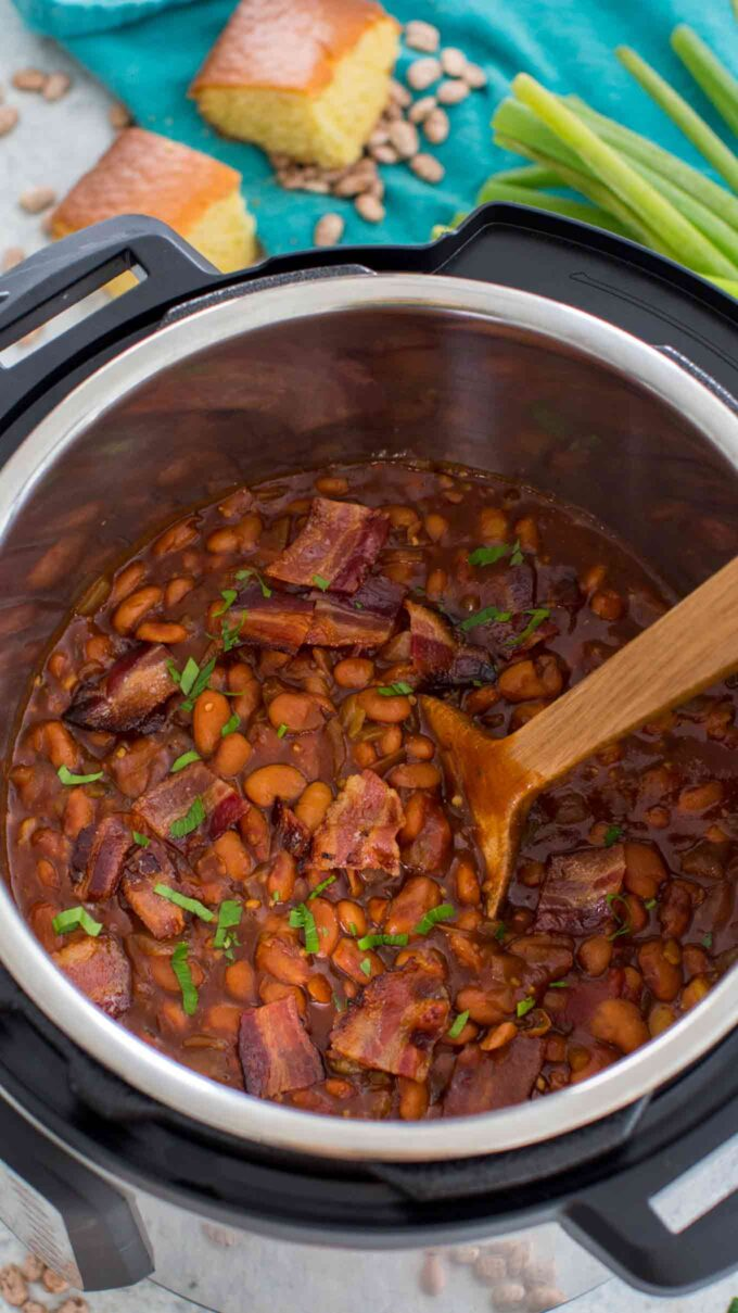 Image of instant pot baked beans and bacon.