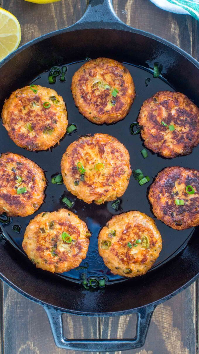 Image of homemade salmon patties in the skillet.