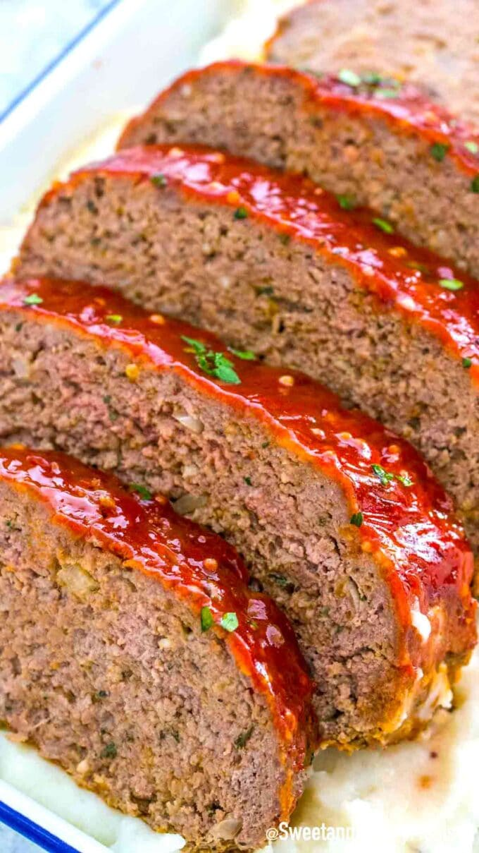sliced meatloaf with sweet chili glaze