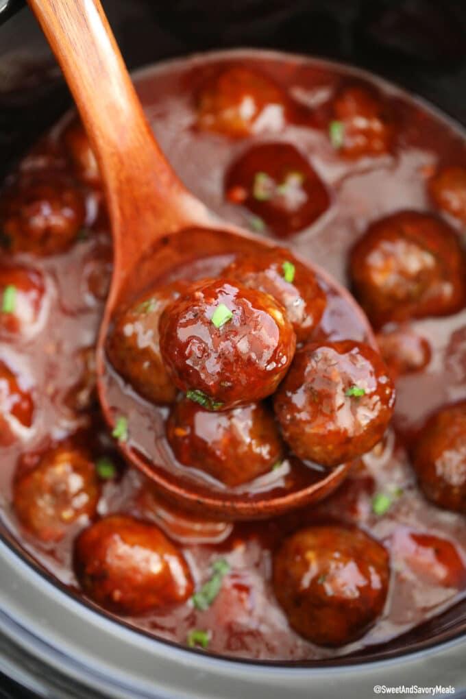 crockpot bbq meatballs