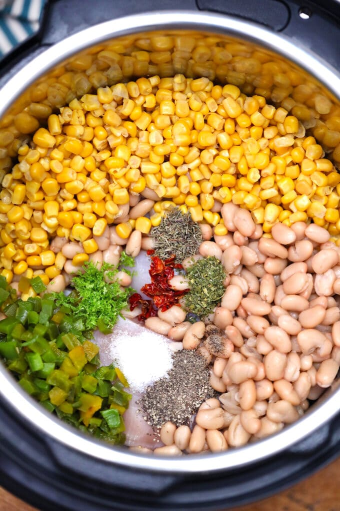 Instant pot white chicken chili ingredients photo.