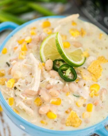 Easy Crockpot White Chicken Chili