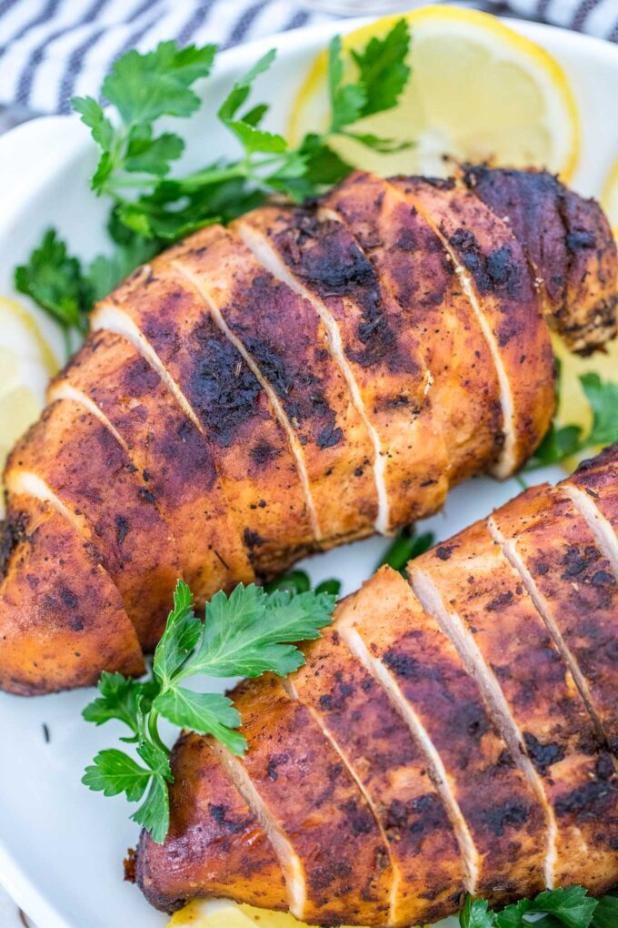 Picture of sliced blackened chicken breasts.
