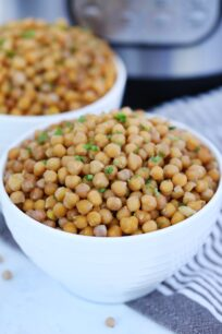 Instant Pot Chickpeas