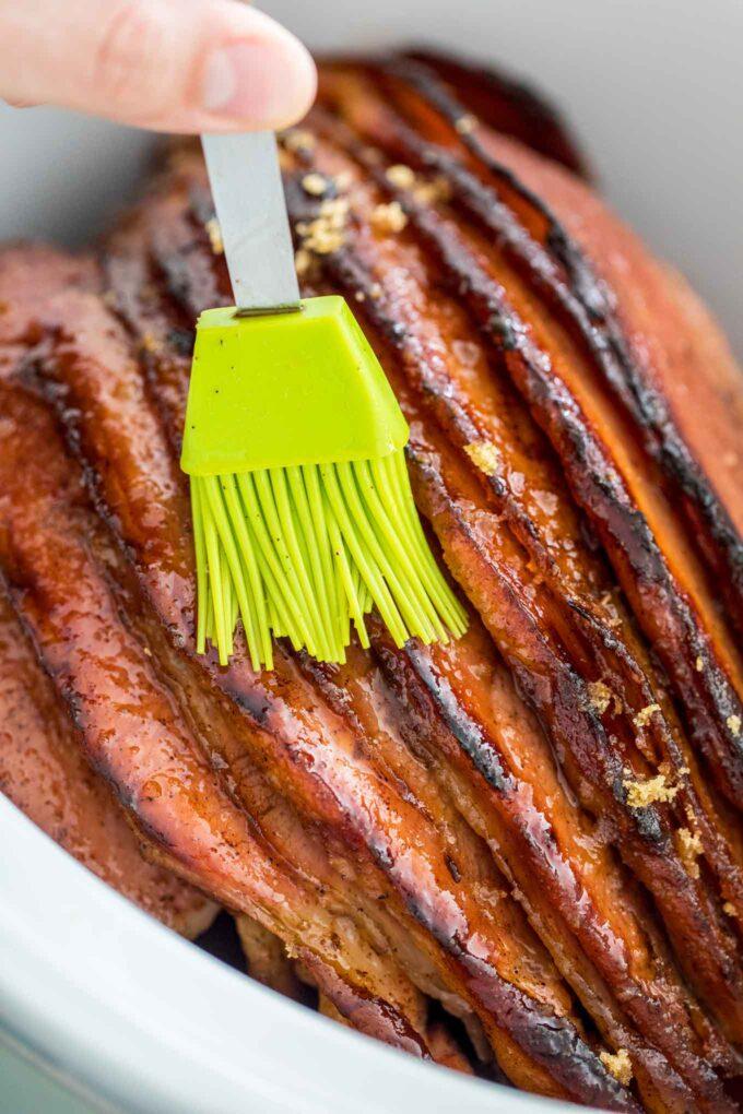 Slow Cooker Glazed Smoked Ham Recipe