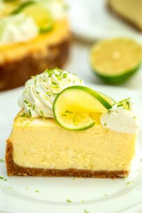 Instant Pot Key Lime Cheesecake is creamy, refreshing, sweet but tangy, and so easy to prepare using the pressure cooker! #cheesecake #instantpotrecipes #pressurecookerrecipes #keylime #sweetandsavorymeals