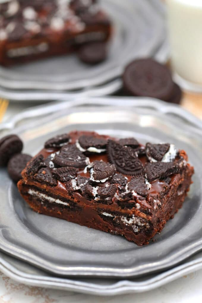Oreo Brownies are a piece of heaven on earth! They are so fudgy and sweet and oh so yummy! Learn how to turn this childhood favorite into another dessert! #oreobrownies #brownies #oreo #chocolate #sweetandsavorymeals