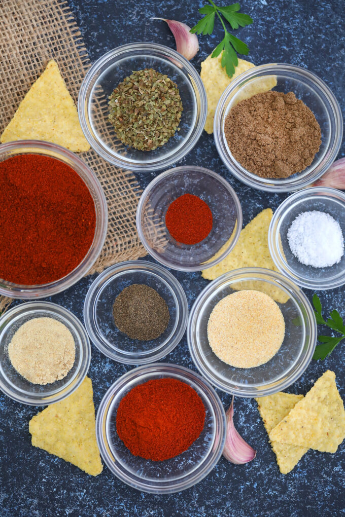 Homemade Taco Seasoning is easy to prepare, versatile, and more flavorful than the store-bought one! Use it to elevate your favorite Mexican dishes! #taco #tacoseasoning #sweetandsavorymeals #seasoning #mexicanrecipes