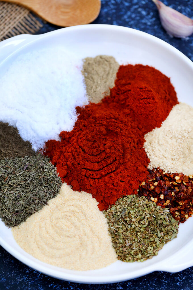 Cajun Seasoning can be easily made at home using this quick recipe! Rustic as it is, this mix packs in lots of flavors using only basic spices! #cajun #cajunseasoning #seasoning #sweetandsavorymeals #easyrecipe