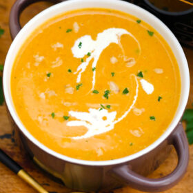Slow Cooker Roasted Butternut Squash Soup