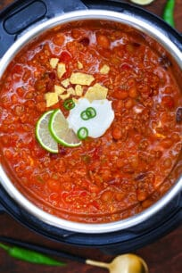 Instant Pot Wendy's Chili is equally flavorful and hearty as the stovetop version! #chili #wendyschili #copycatrecipe #instantpot #pressurecooker #sweetandsavorymeals