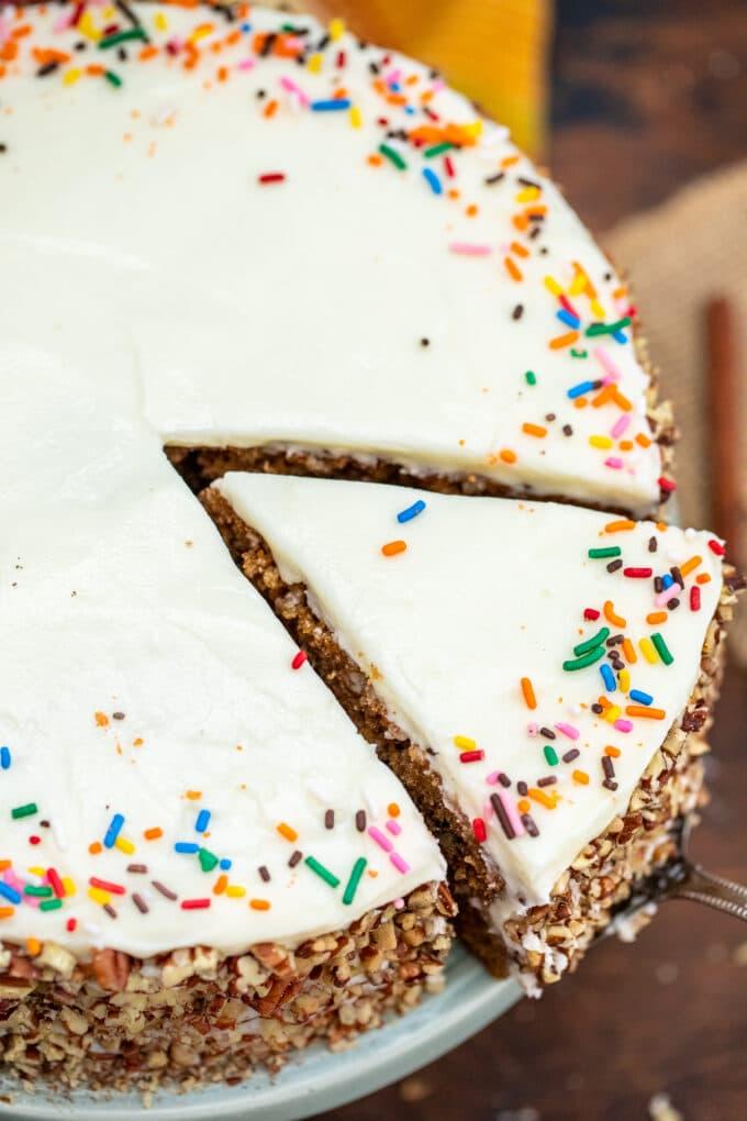 image of spice cake garnished with sprinkles