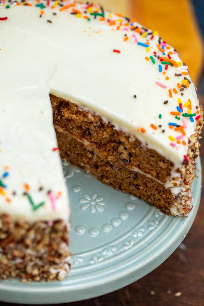 image of sliced spice cake topped with sprinkles on a plate