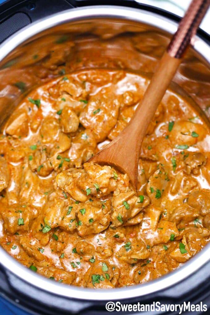 Image of instant pot chicken tikka masala.